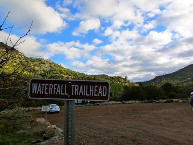 Fossil Creek Waterfall Trailhead